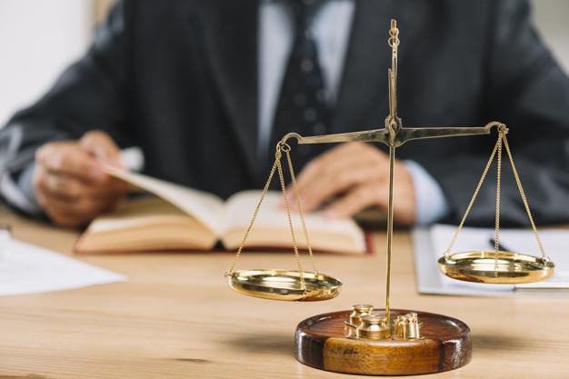 La différence entre l'e-réputation et l'e-notoriété d'un avocat
